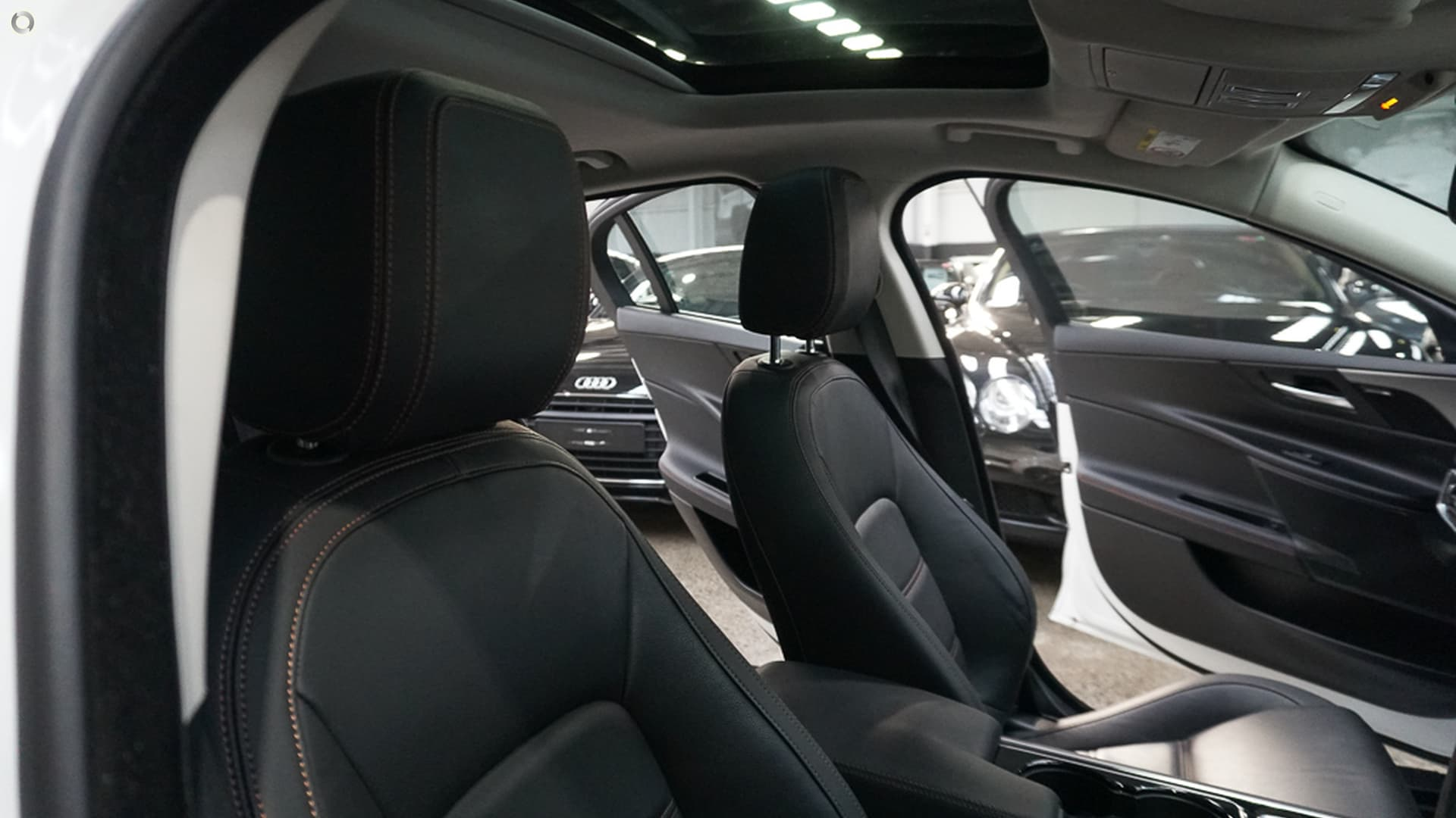 2016 Jaguar XE 20t Prestige X760