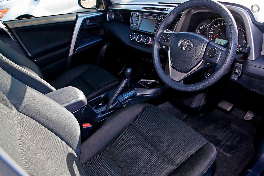 2017 Toyota RAV4 GX ASA44R