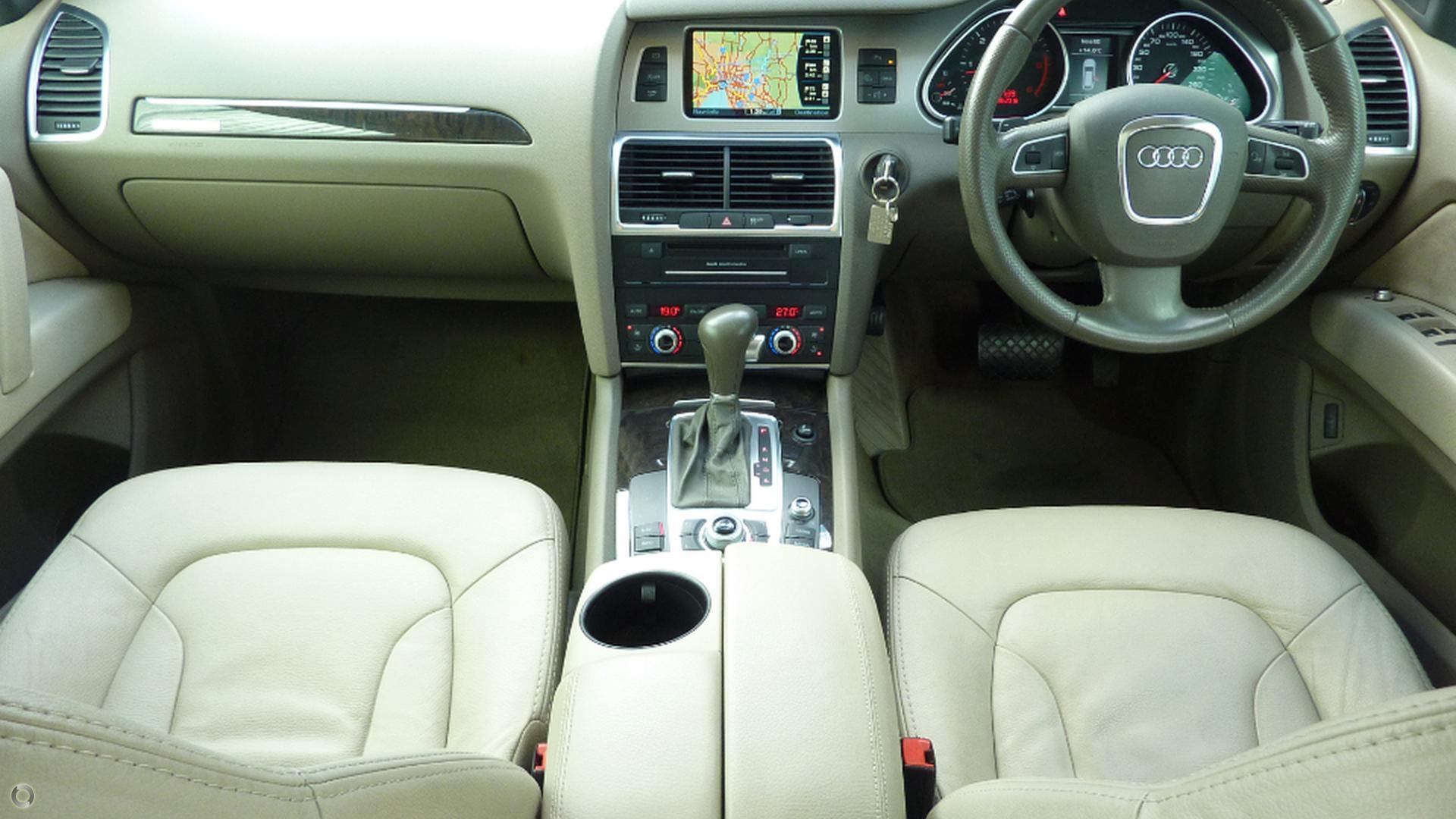 2010 Audi Q7 TDI (No Series)