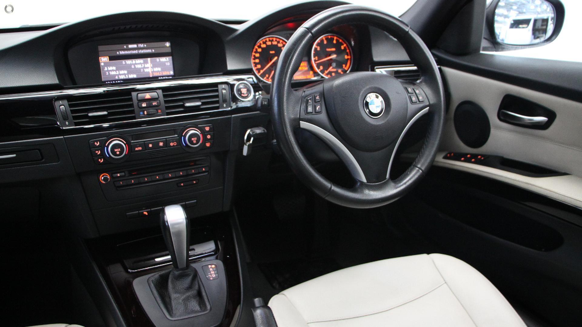 2009 BMW 320i Executive E90