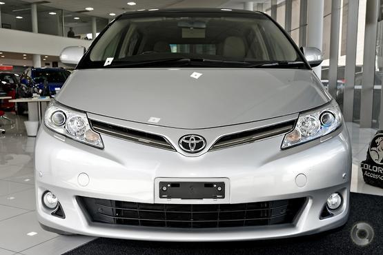 2016 Toyota Tarago Ultima GSR50R