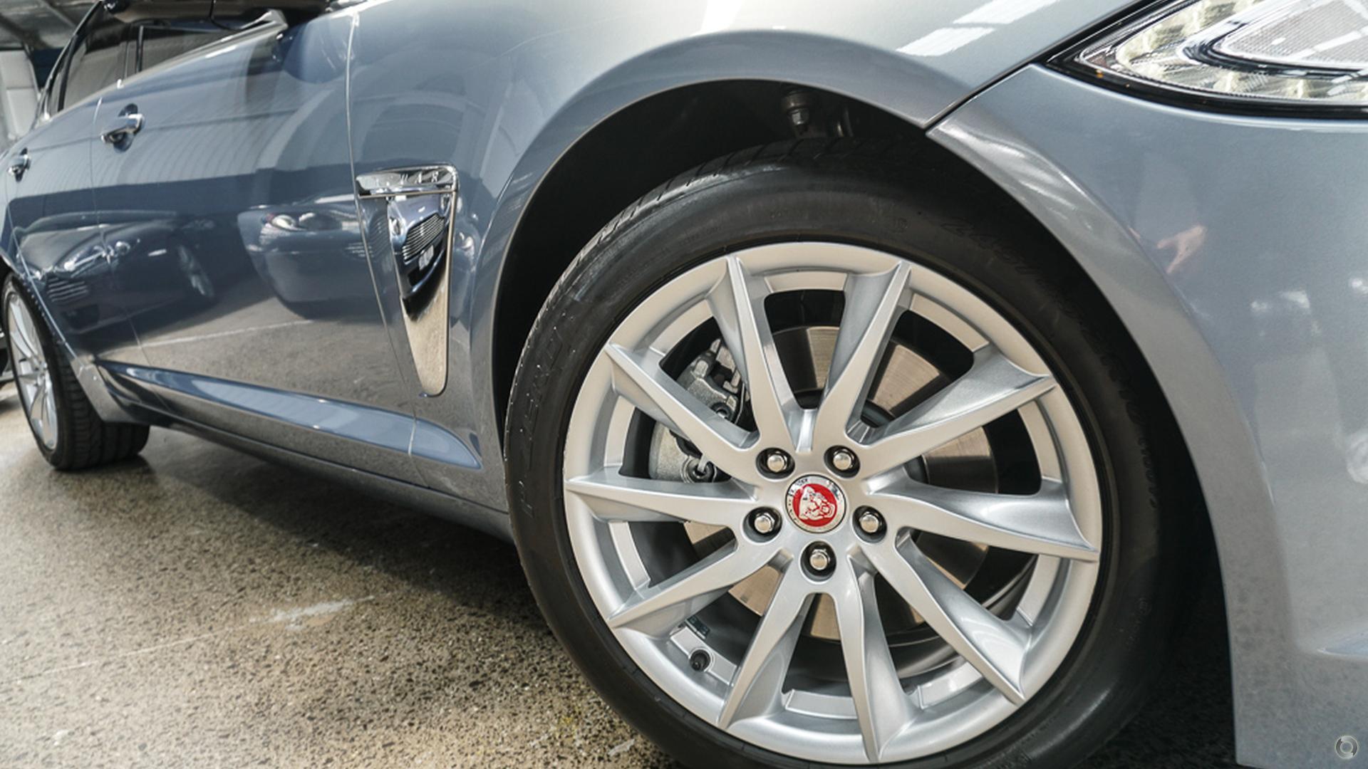 2014 Jaguar XF Luxury X250