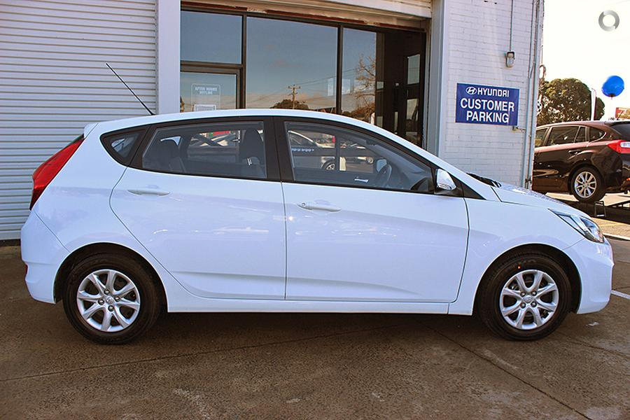 2016 Hyundai Accent Active RB3