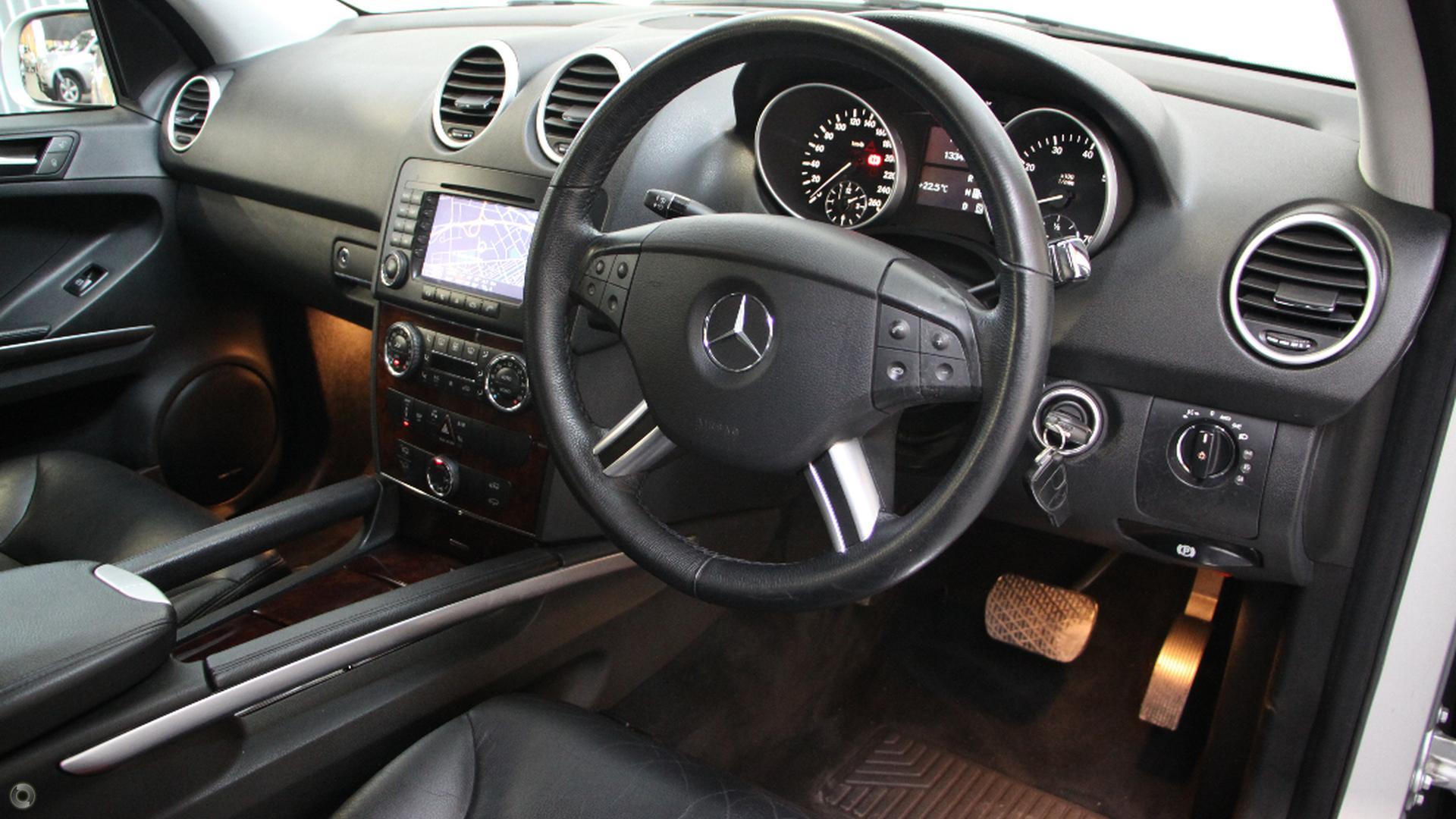 2005 Mercedes-Benz ML500 Luxury W164