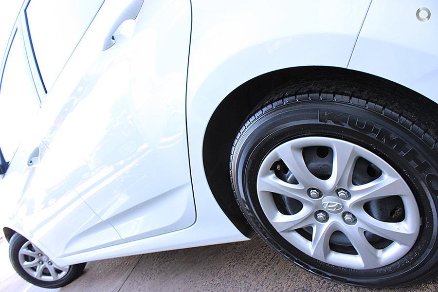 2016 Hyundai Accent Active RB3