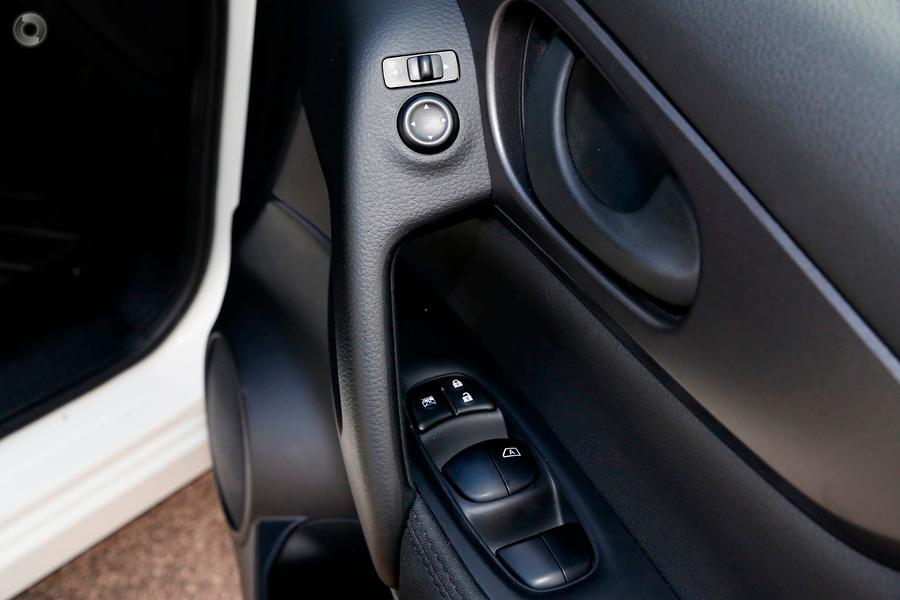 2015 Nissan QASHQAI ST J11