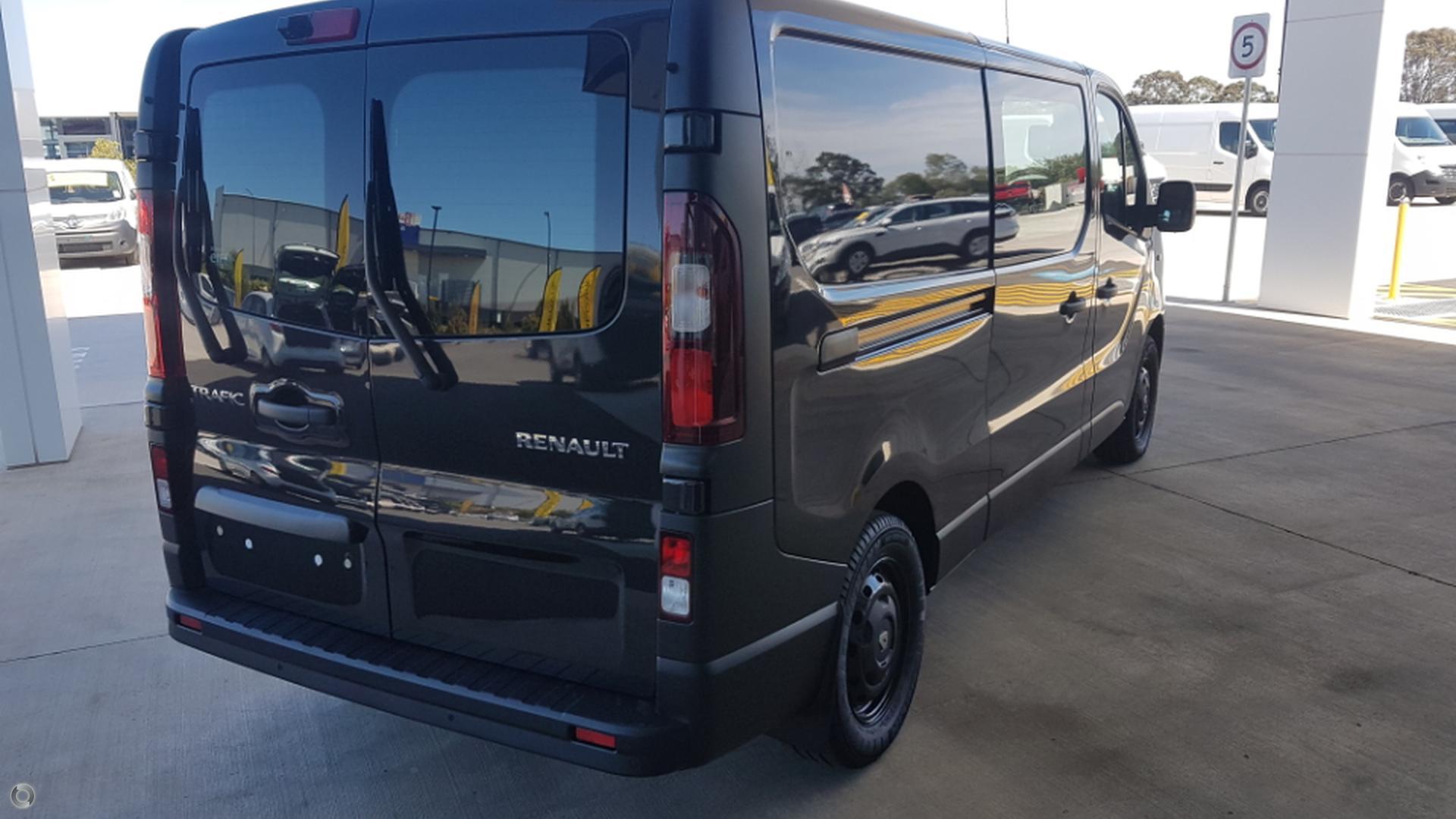 2017 Renault Trafic Crew X82