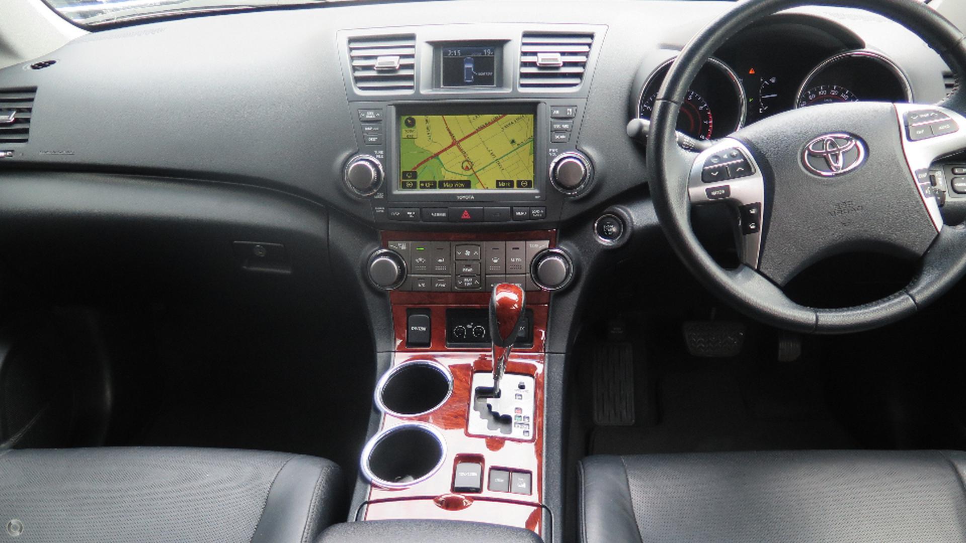 2013 Toyota Kluger Grande GSU45R