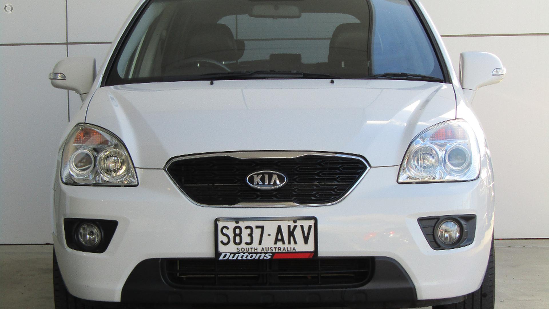 2010 Kia Rondo LX UN