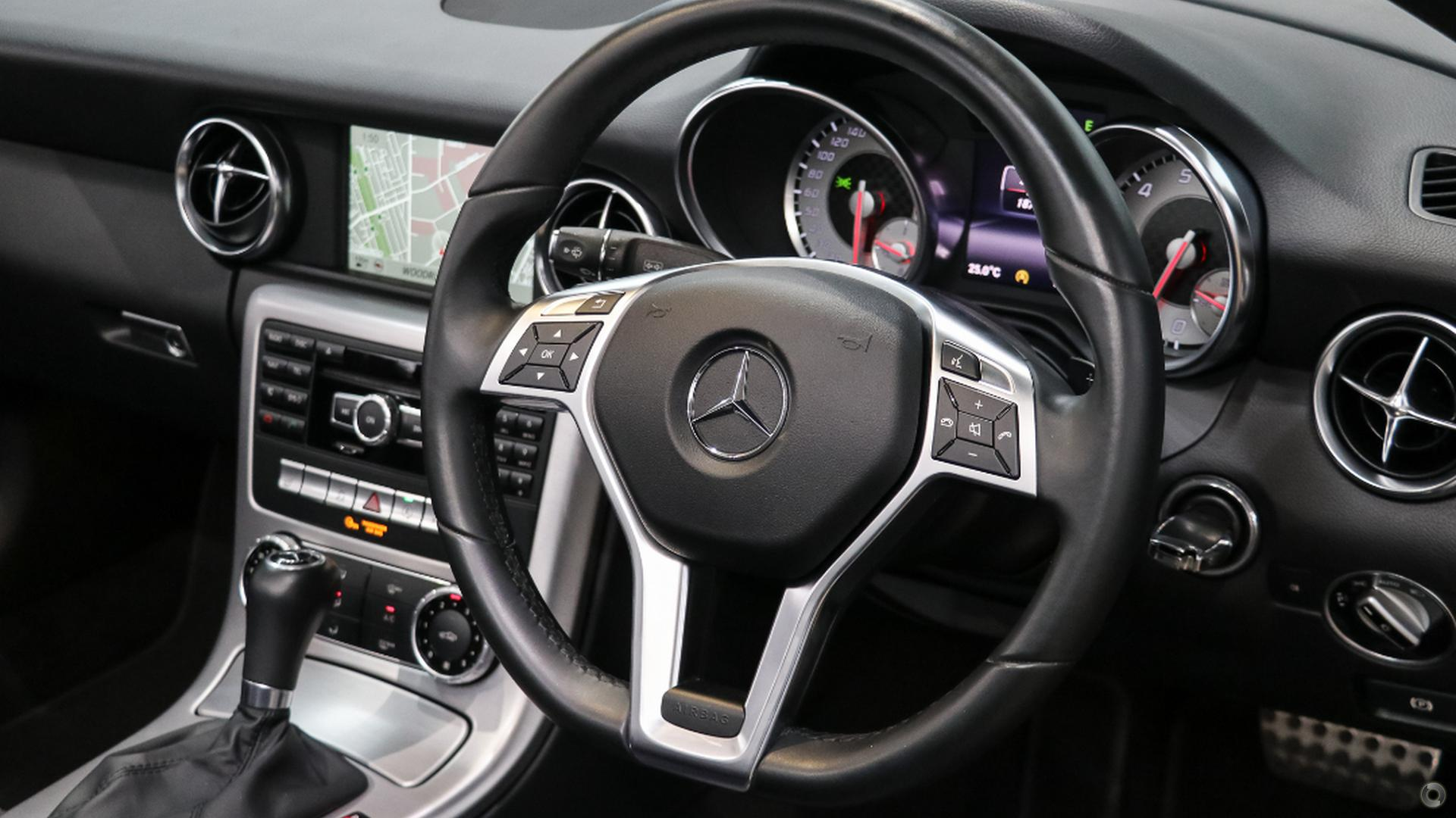 2015 Mercedes-Benz SLK250  R172