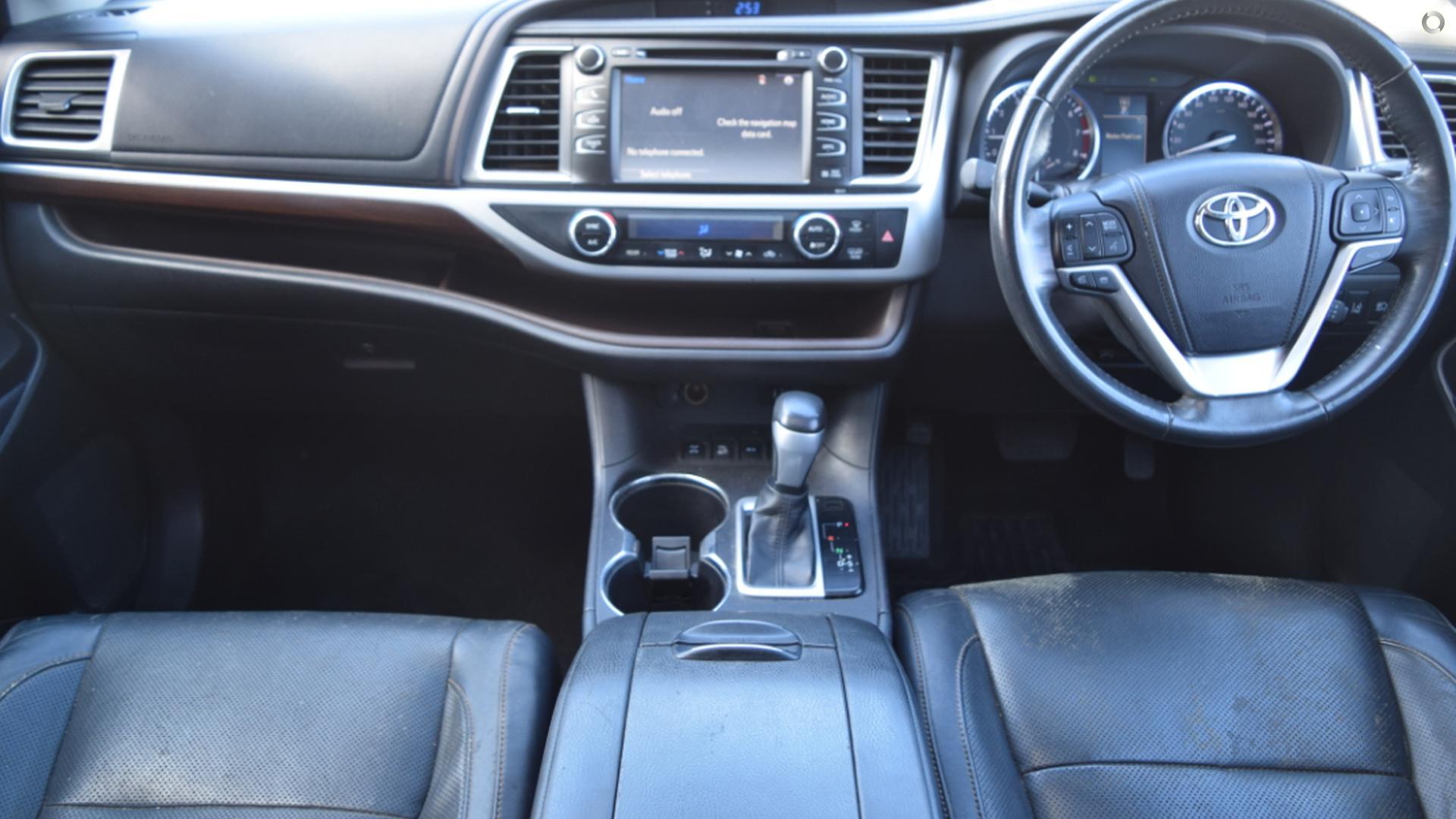 2014 Toyota Kluger Grande GSU55R
