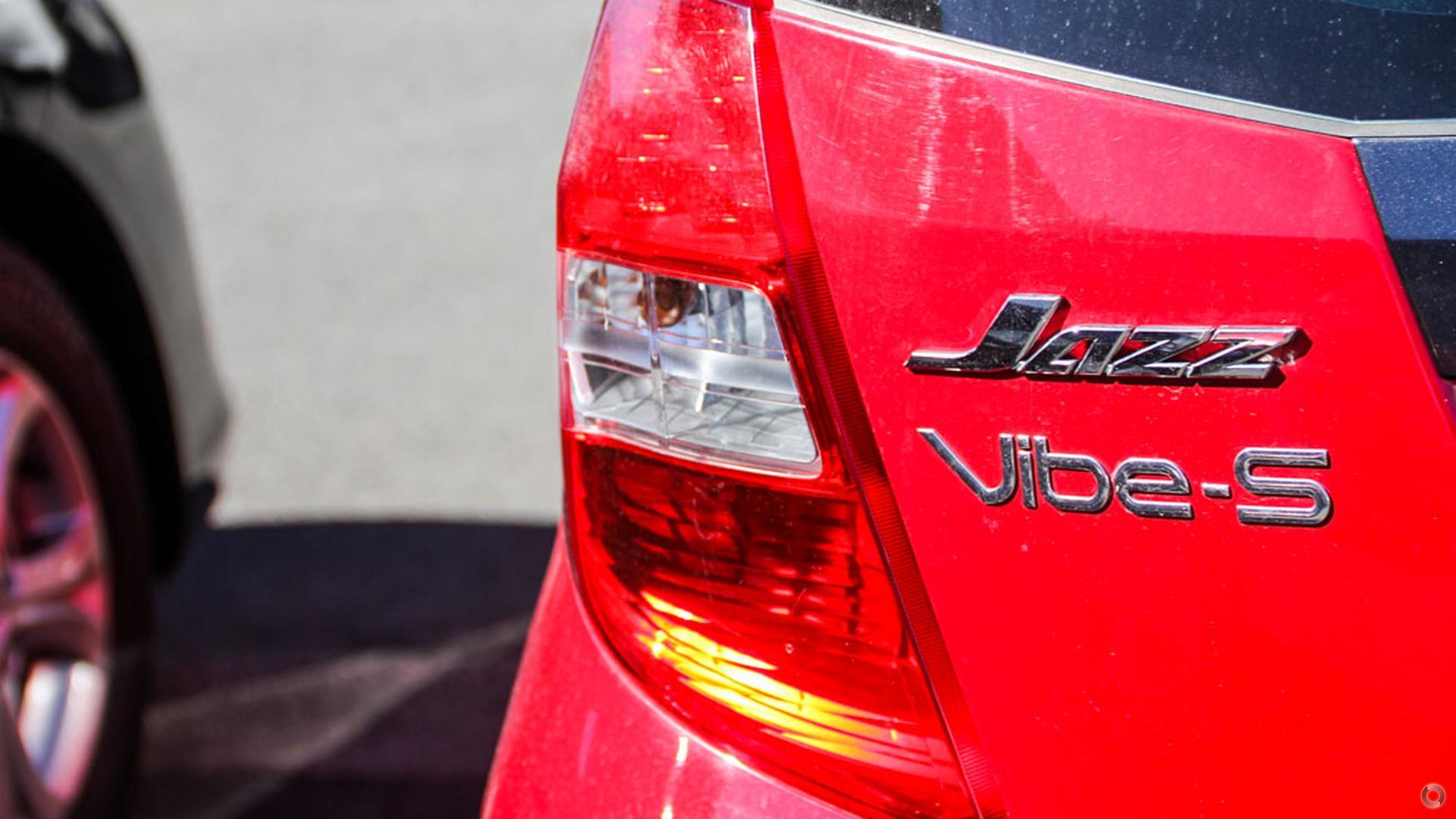 2013 Honda Jazz Vibe-S GE