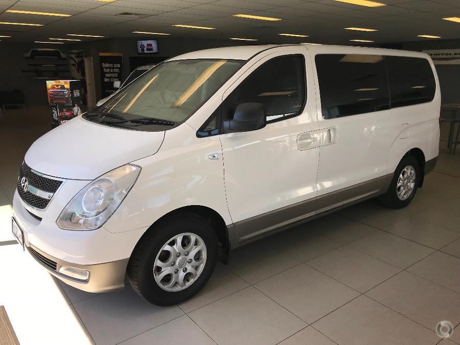 2013 Hyundai iMax  TQ-W