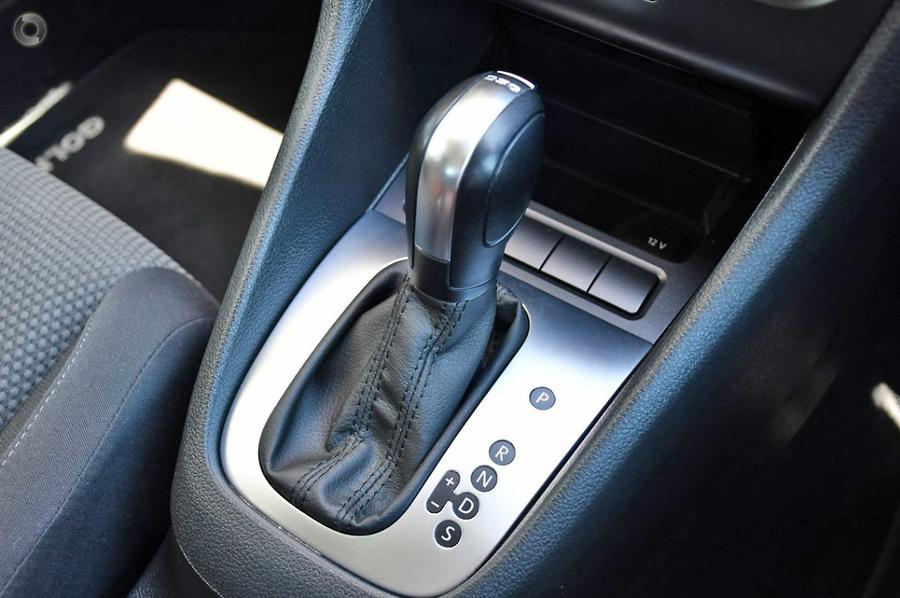 2011 Volkswagen Golf 103TDI Comfortline VI