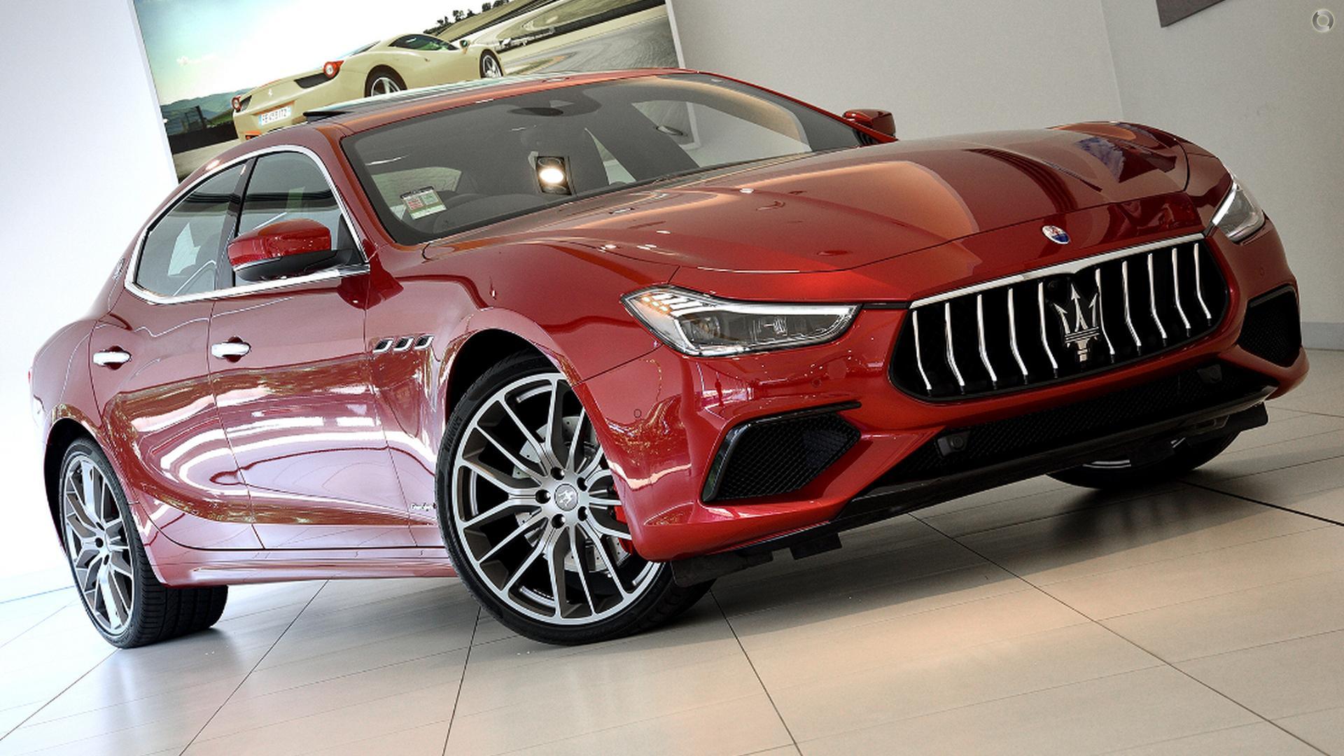 2018 Maserati Ghibli S GranSport M157