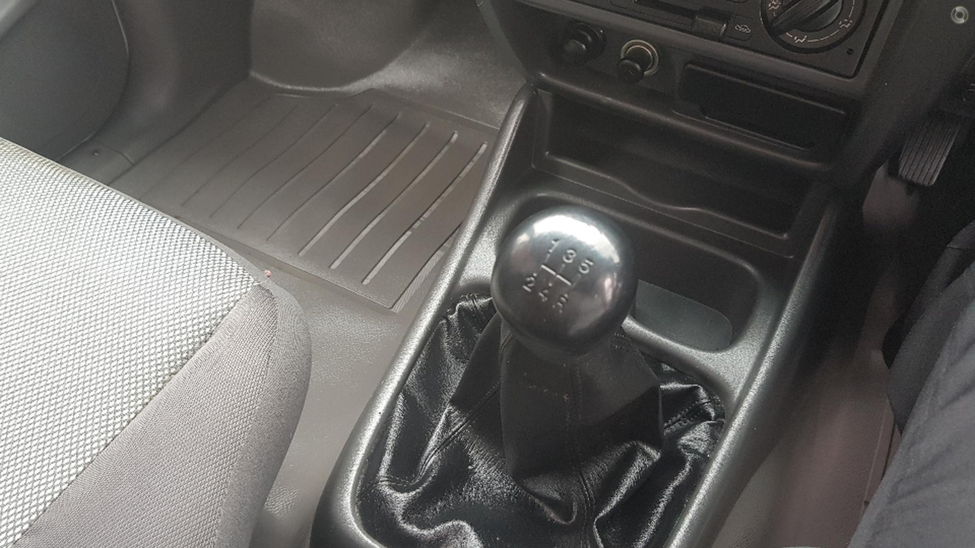 2005 Ford Courier GL PH