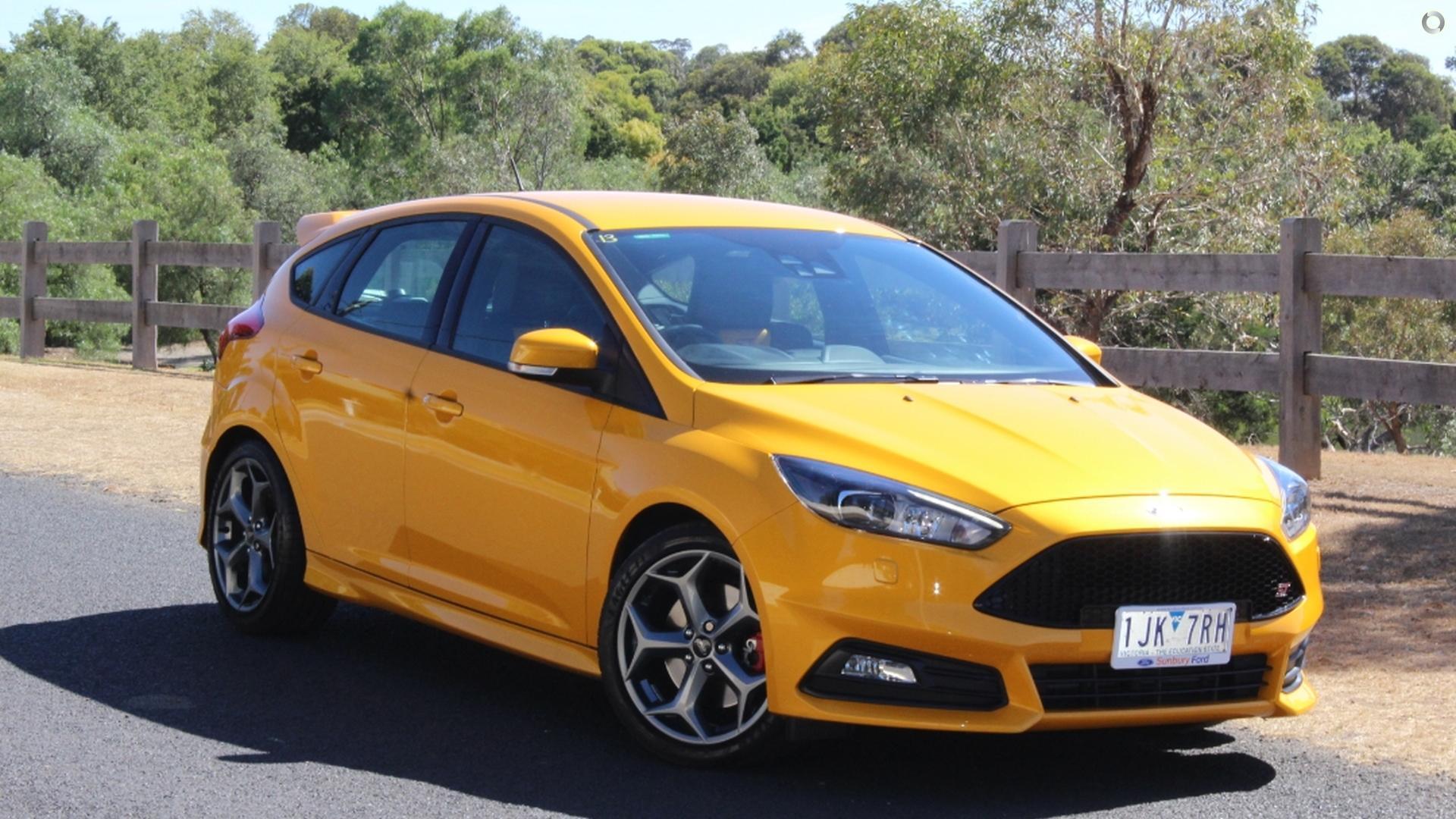 2017 ford focus st lz sunbury ford for Sunbury ford motor company