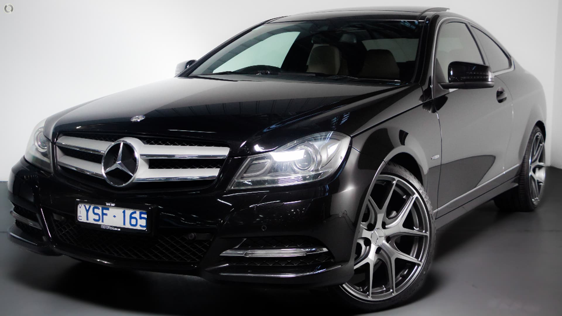 2011 Mercedes-Benz C250 BlueEFFICIENCY C204
