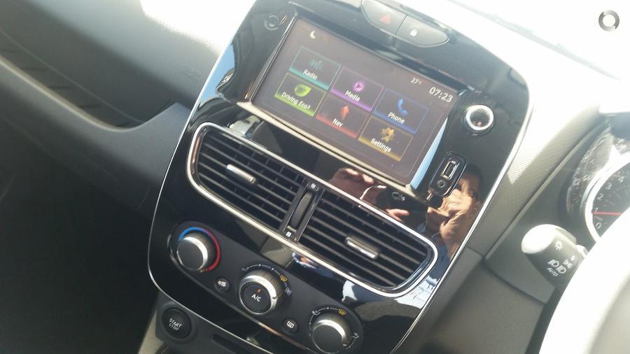 2017 Renault Clio Zen IV B98 Phase 2