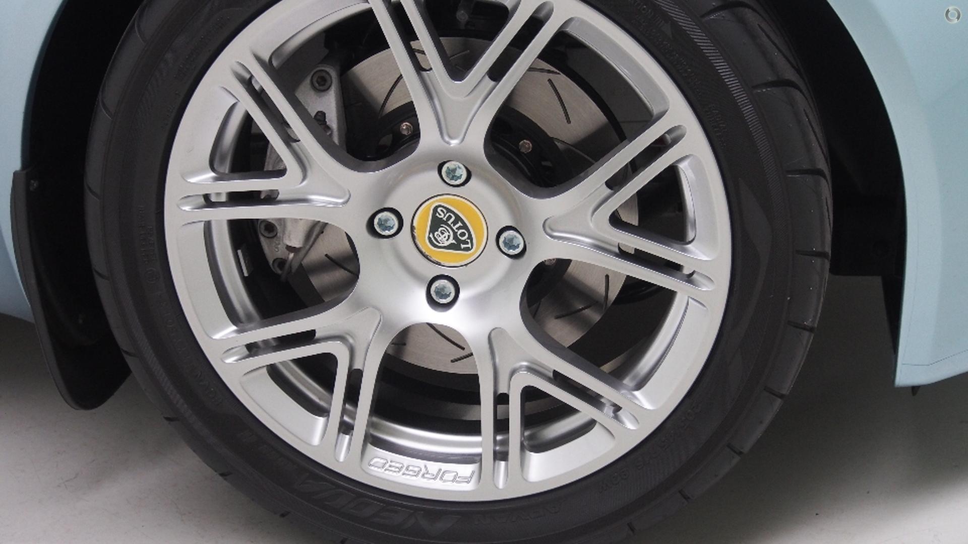 2011 Lotus Elise  111