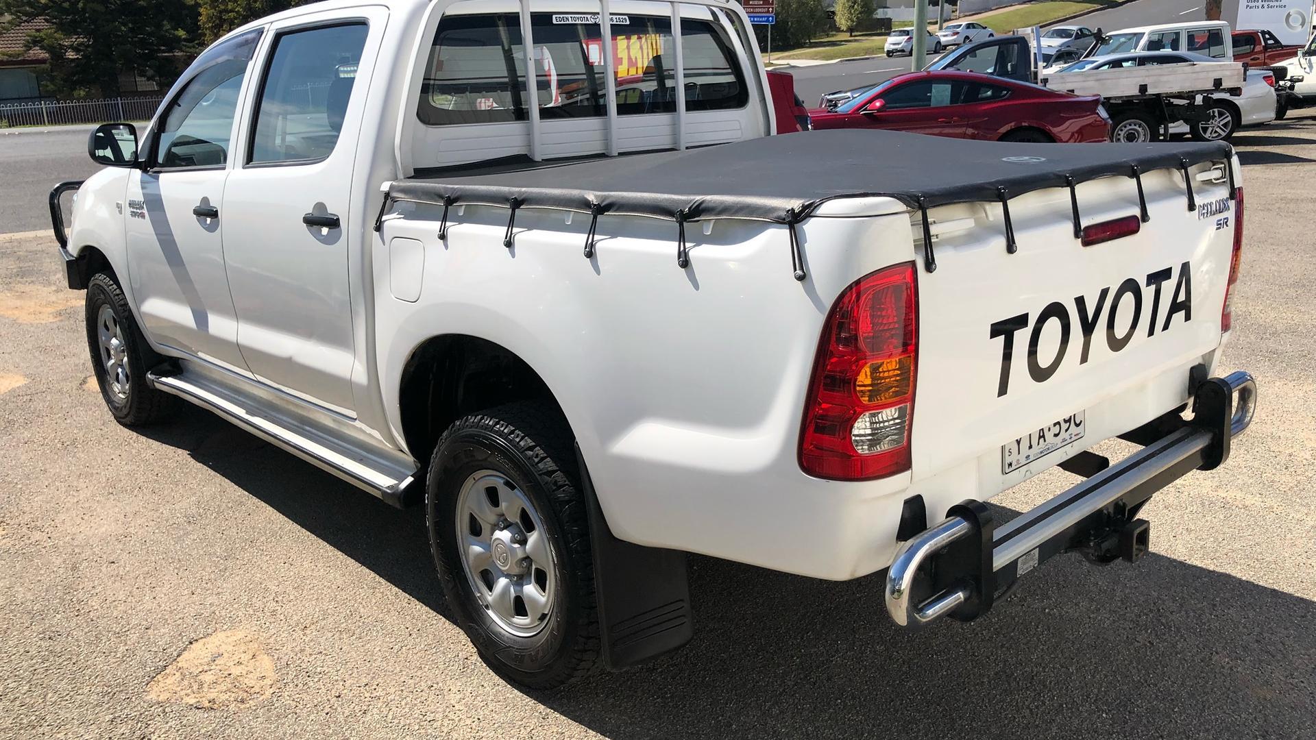 2011 Toyota Hilux SR KUN26R