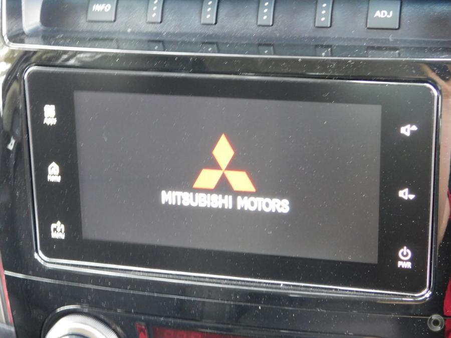 2018 Mitsubishi Pajero GLS NX
