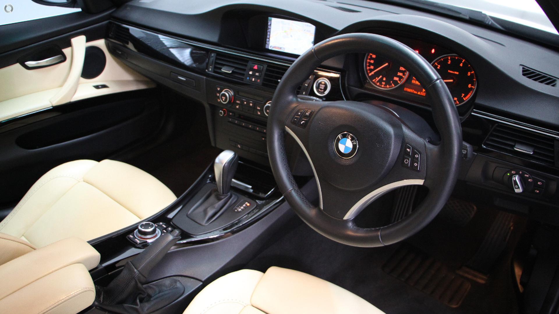 2010 BMW 320i Executive E90