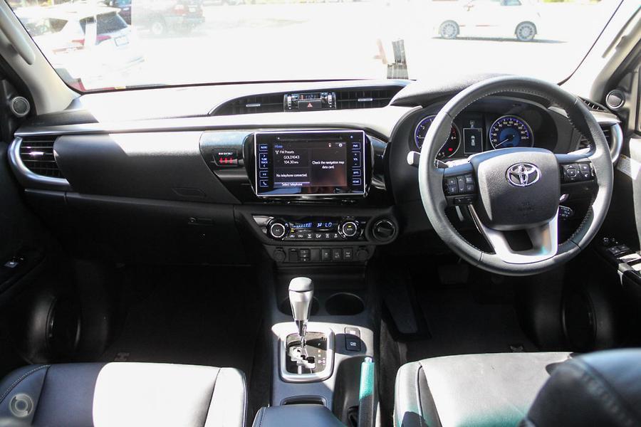 2017 Toyota Hilux SR5 GUN126R
