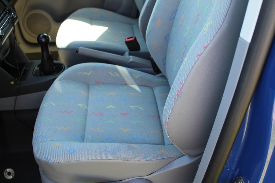 2010 Volkswagen Caddy  2KN