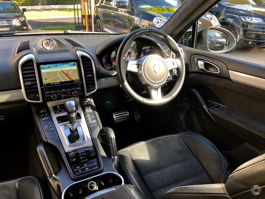 2014 Porsche Cayenne GTS 92A
