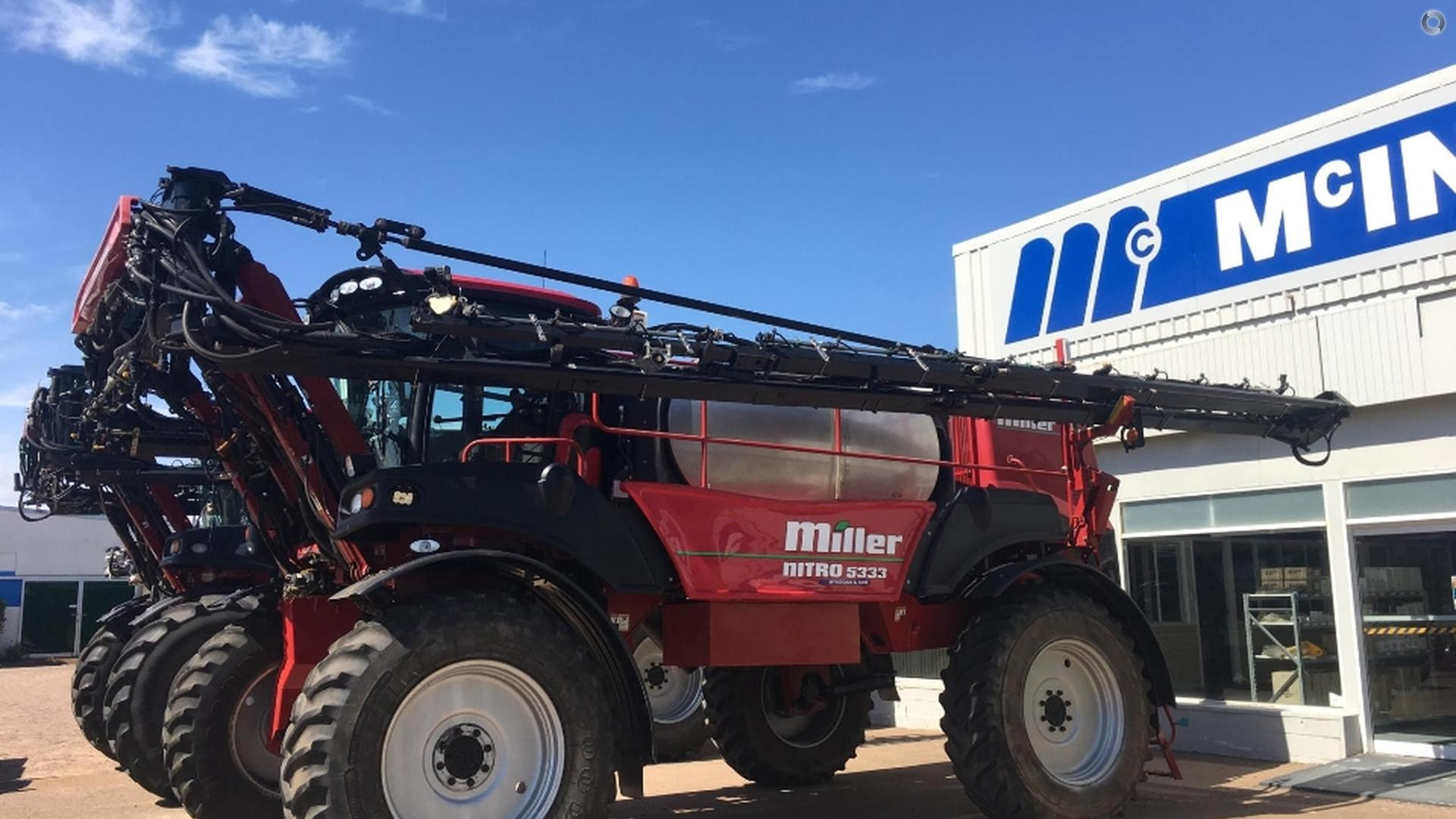 2014 MILLER Nitro 5333 SP Sprayer