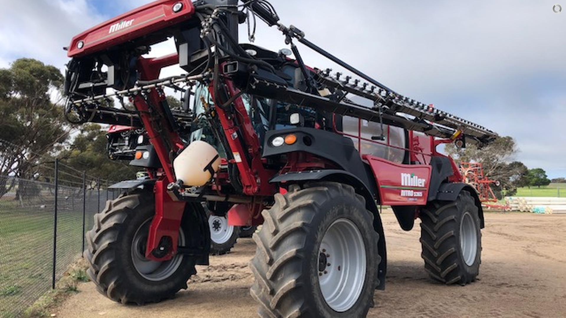 2013 MILLER Nitro 5365 SP Sprayer