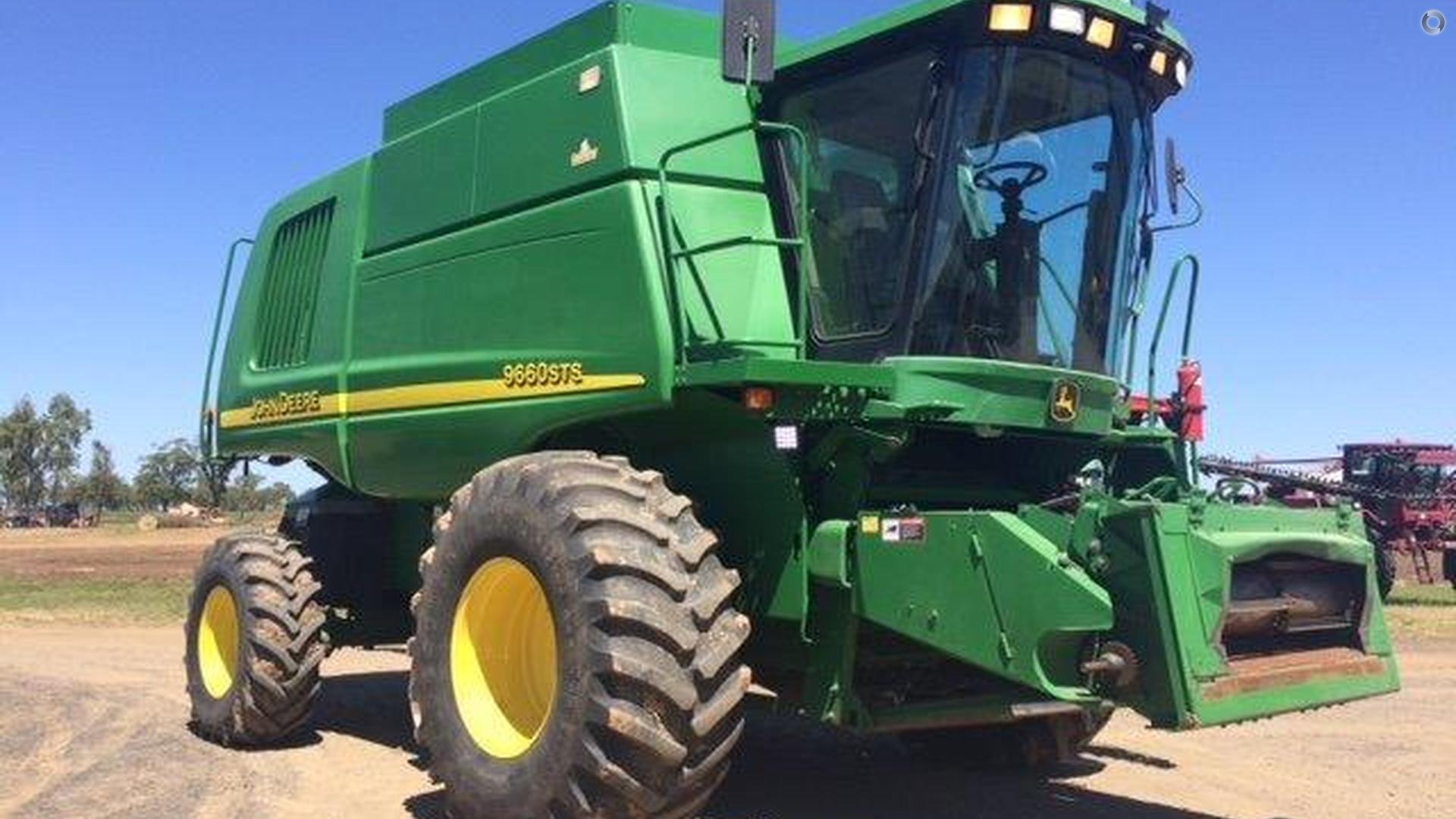 2004 John Deere 9660 STS Combine Harvester