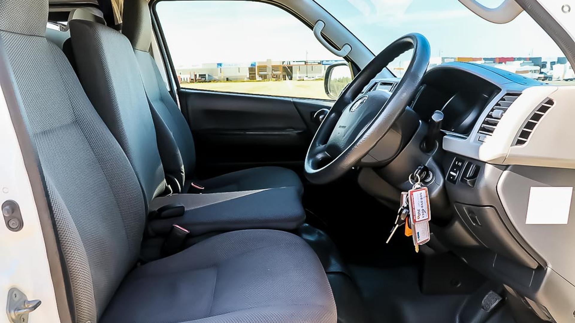 2012 Toyota 3 Berth Hiace Hitop