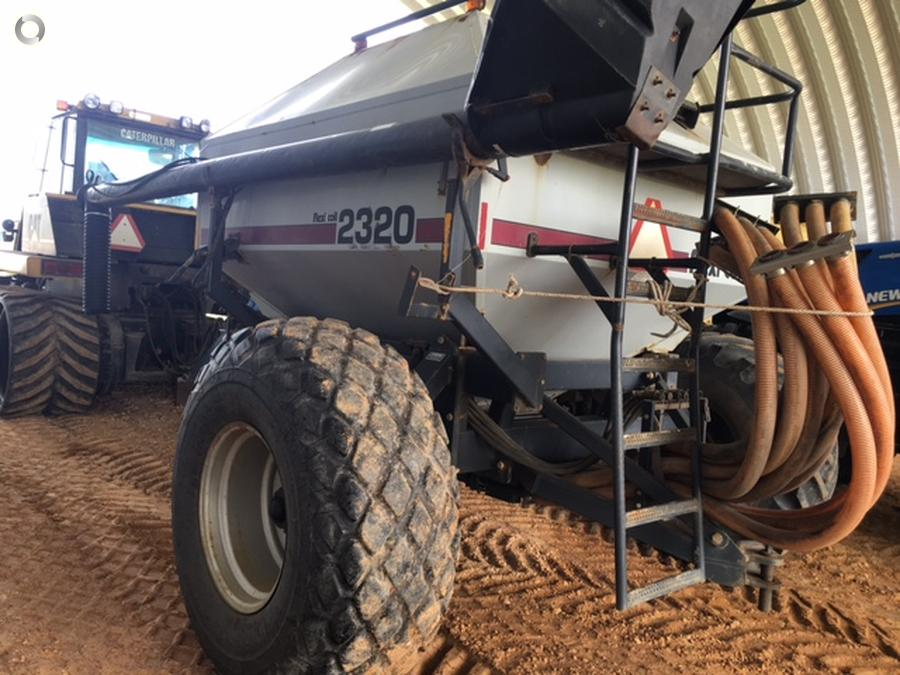 Flexicoil 820 Bar & 2320 Air Cart