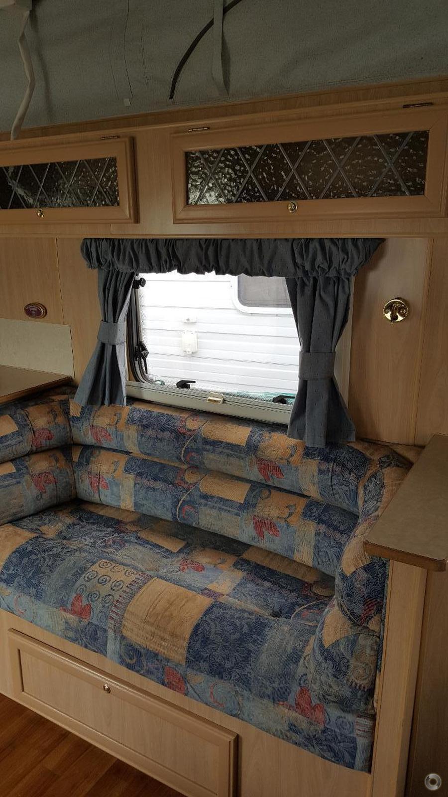 2005 Royal Flair Van Royce Series 2