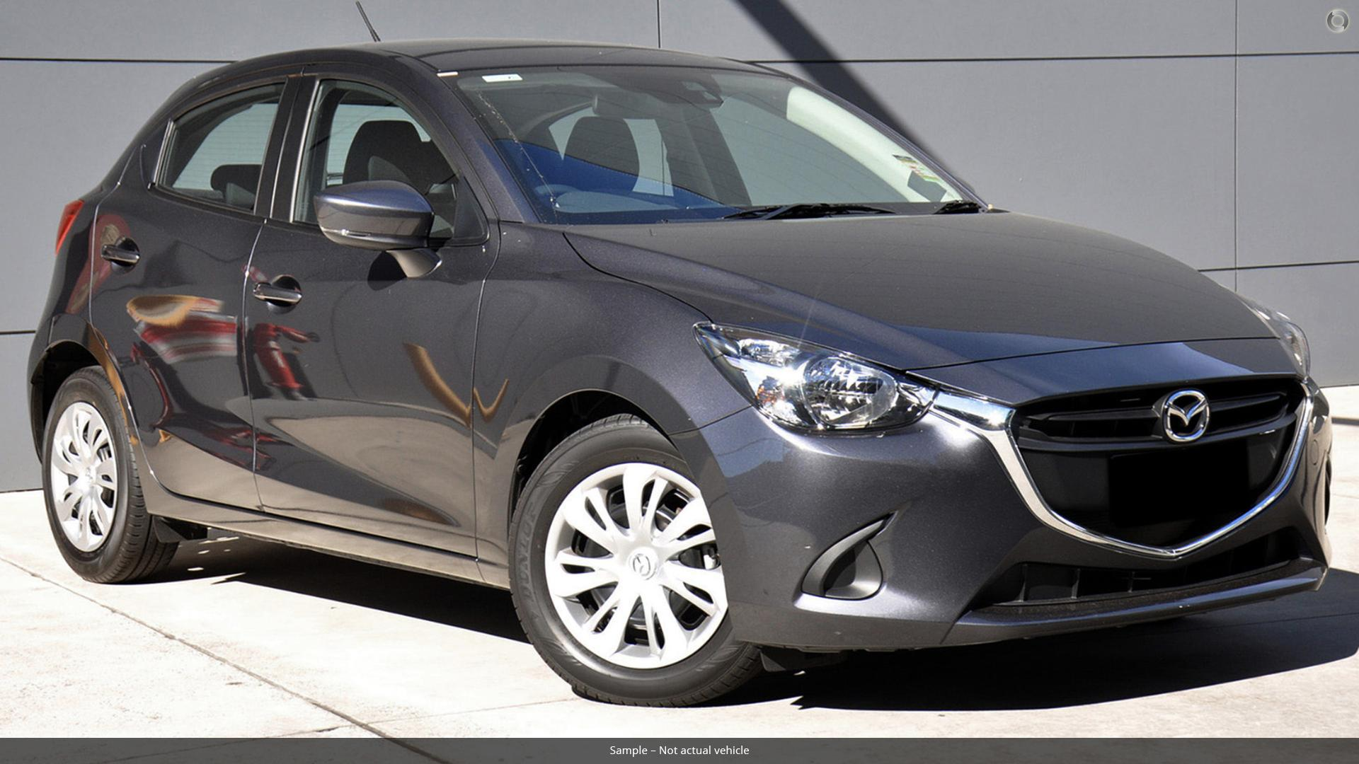 difference between mazda 3 maxx sport and touring