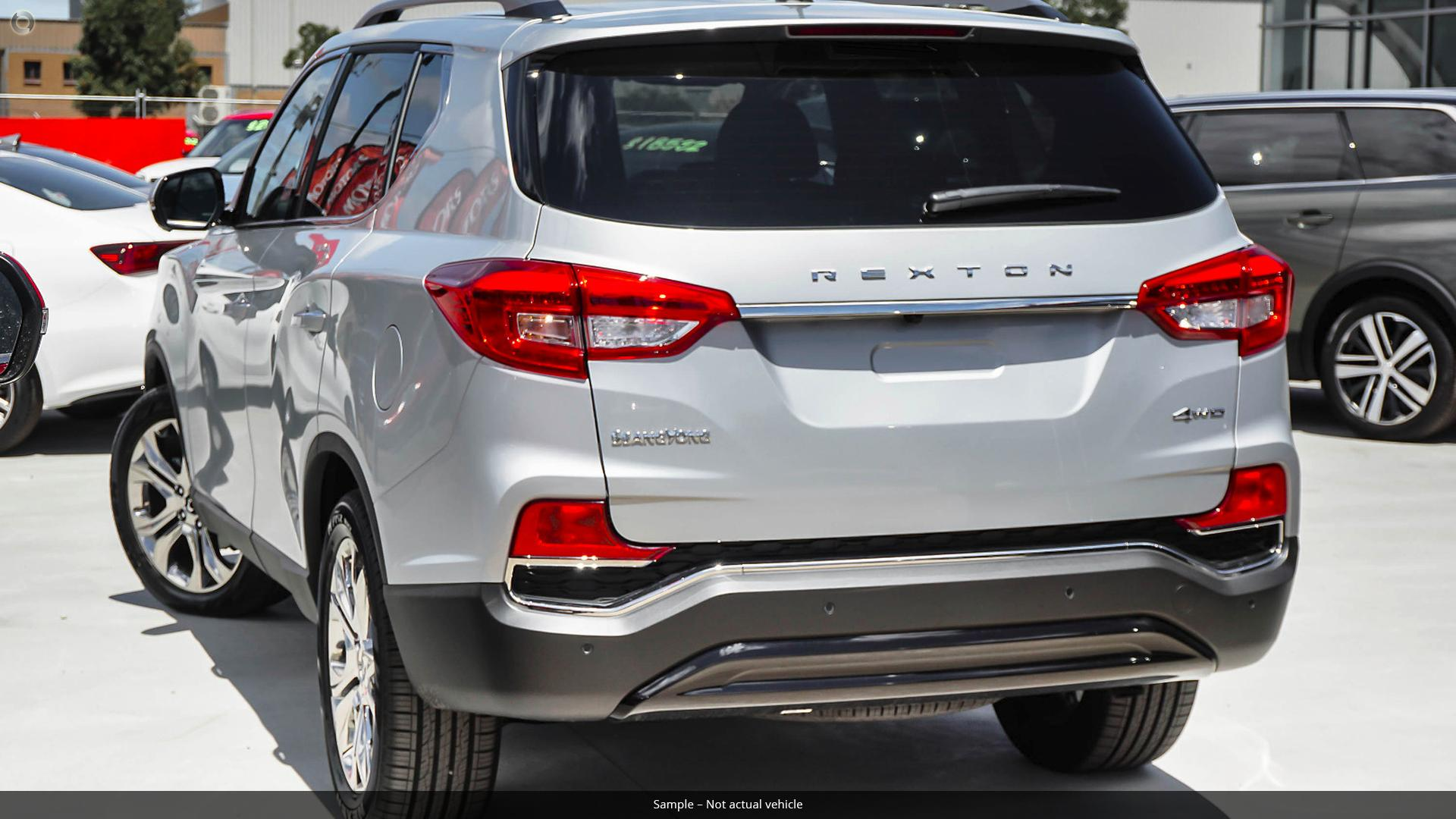 2018 SsangYong Rexton Ultimate Y400