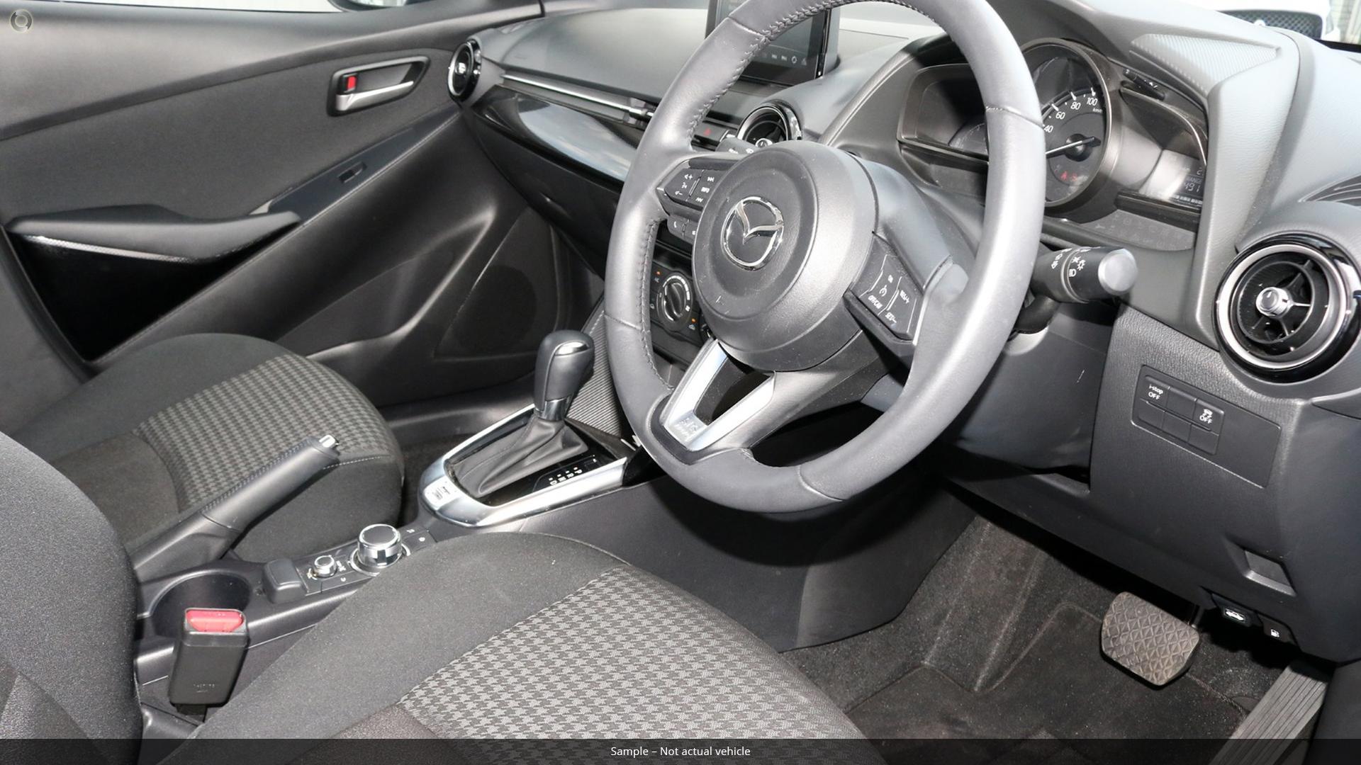 Mazda 2 Maxx DJ Series