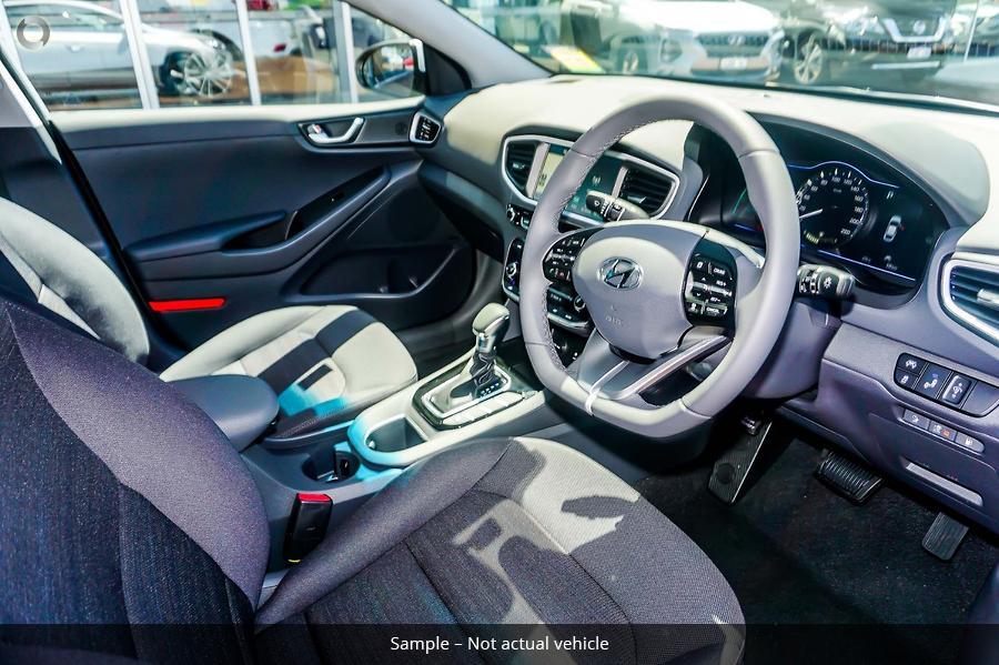 2019 Hyundai IONIQ plug-in Elite AE.2