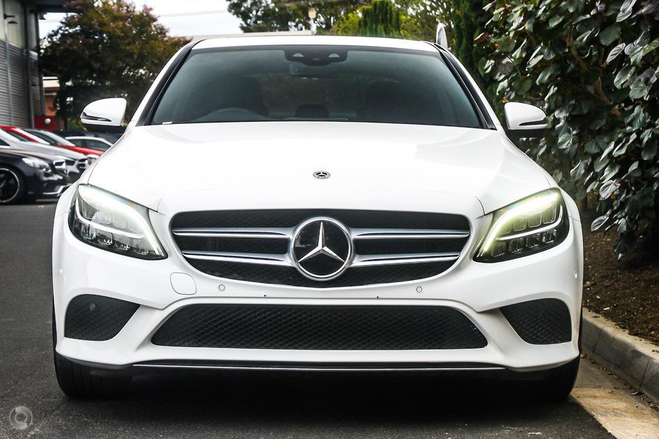 2018 Mercedes-Benz C 300 Sedan