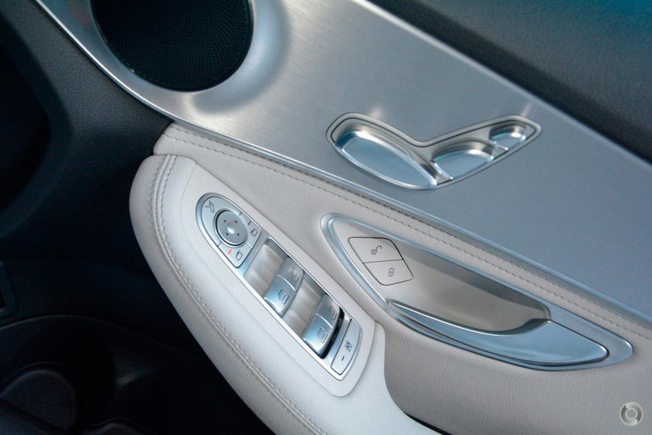 2015 Mercedes-Benz C 200 Sedan