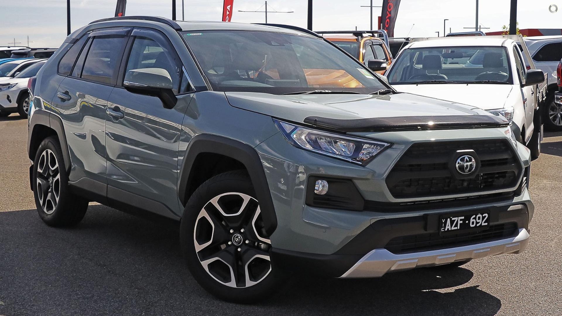 2019 Toyota RAV4 AXAA54R