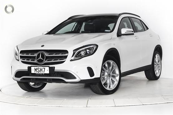 2020 Mercedes-Benz <br>GLA 180