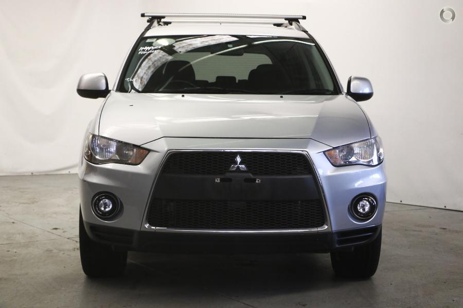 2010 Mitsubishi Outlander LS ZH