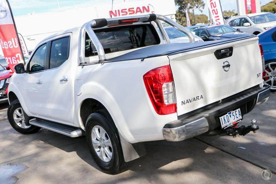 2017 Nissan Navara ST