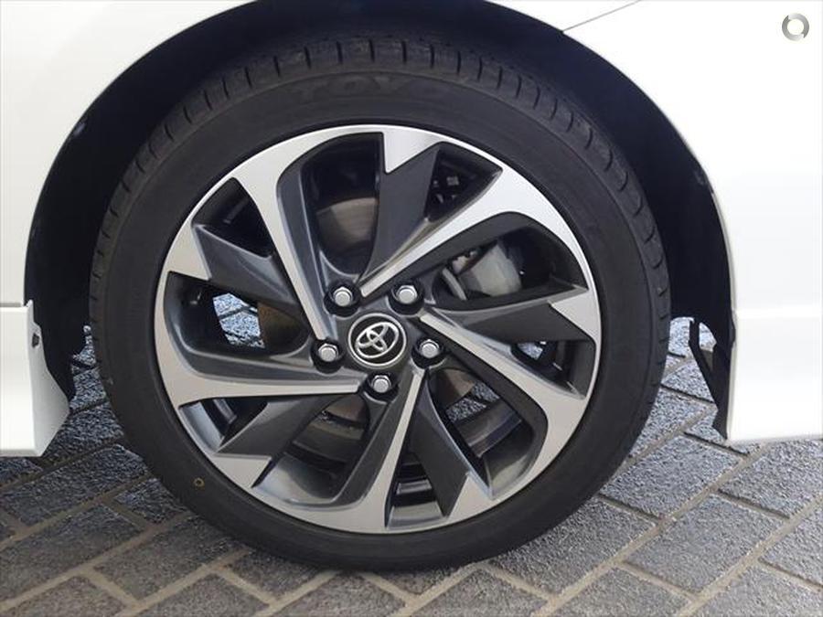 2017 Toyota Corolla SX ZRE182R