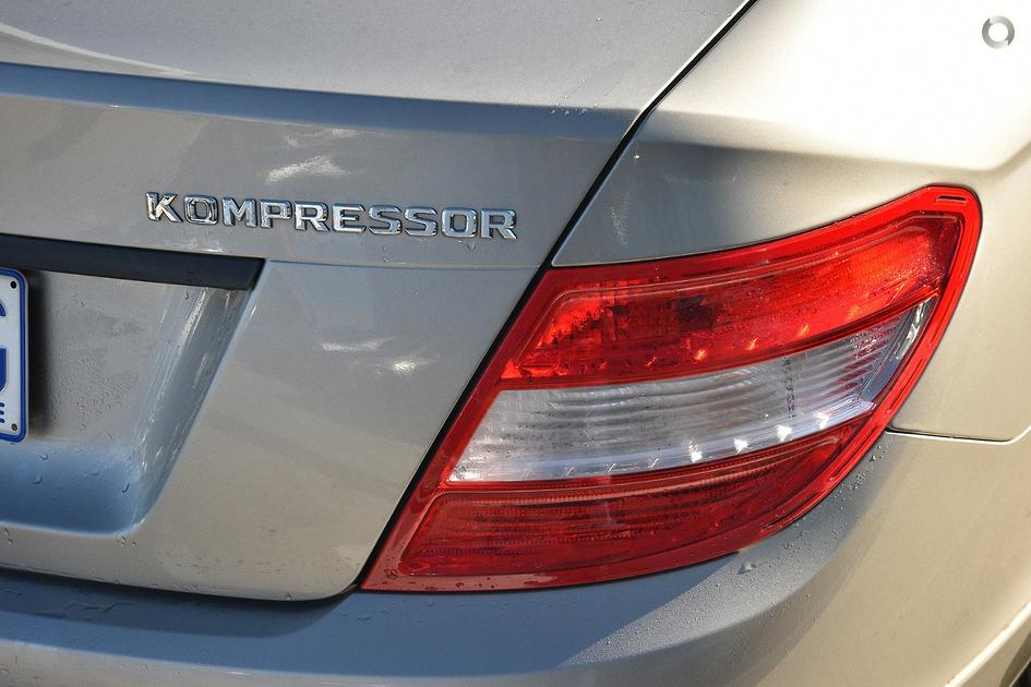 2009 Mercedes-Benz C 200 KOMPRESSOR Sedan