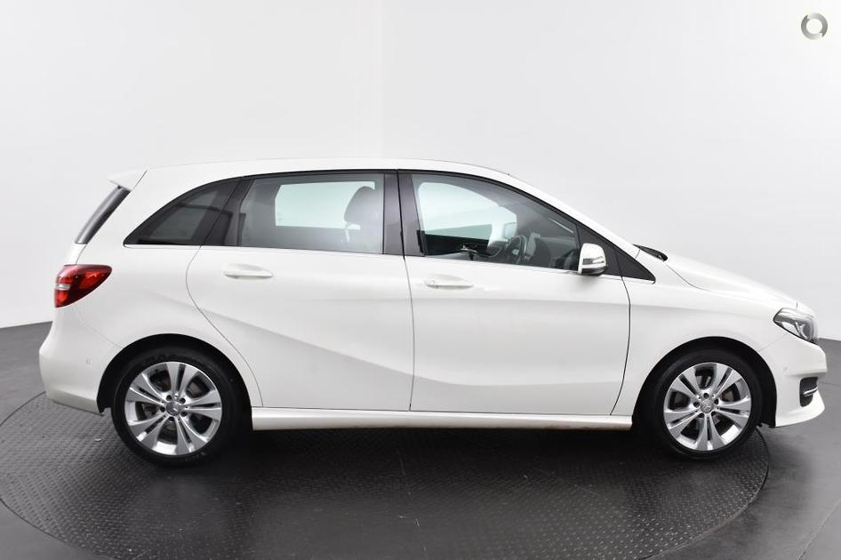 2015 Mercedes-Benz B 200 Hatch