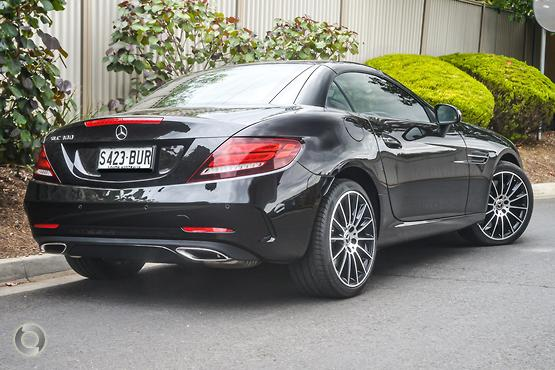 2017 Mercedes-Benz SLC 300
